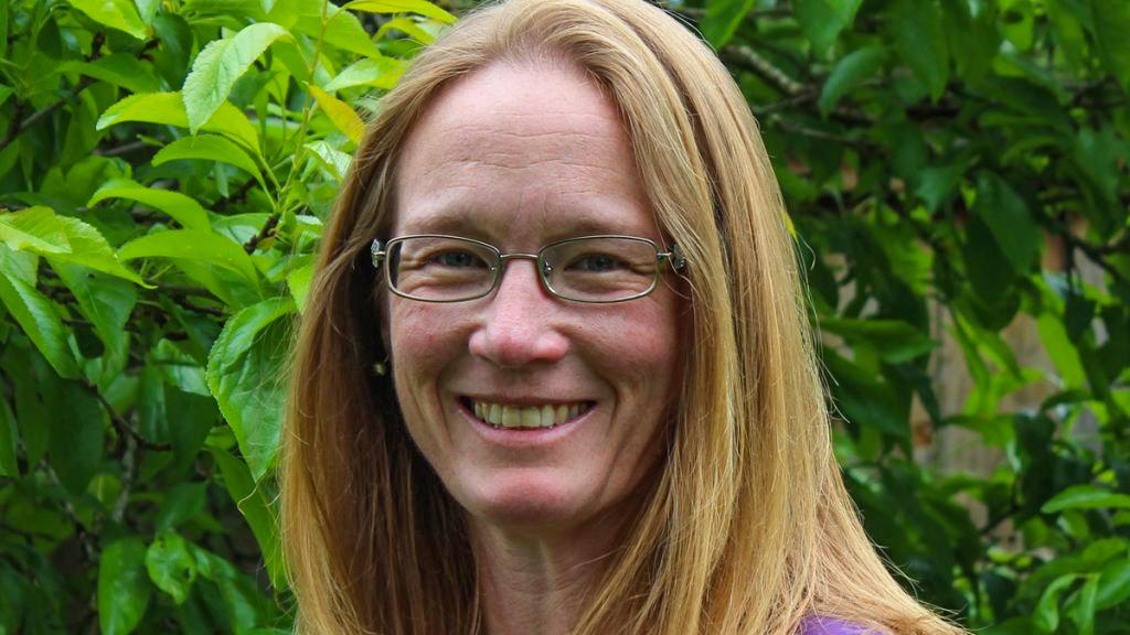 Dr. Cindy Elliser