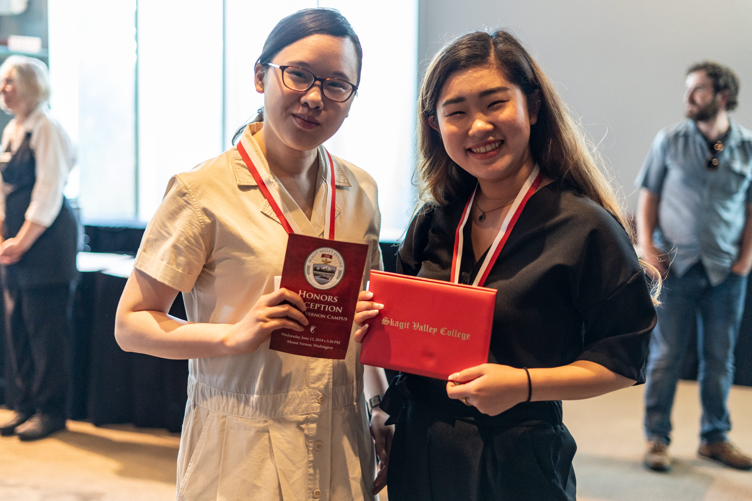 img_mv-honors_2-recipients_7589_25x1667