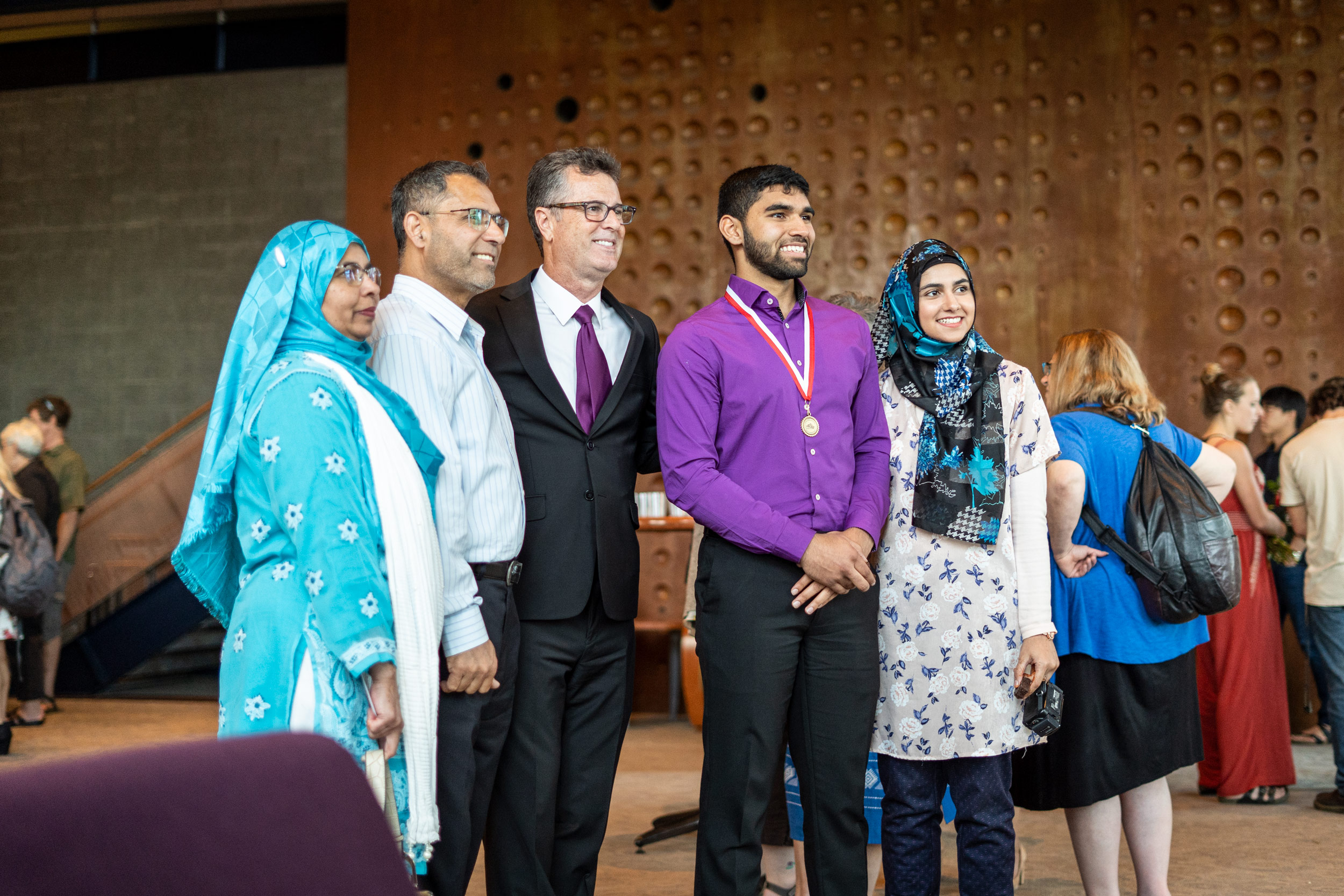 img_mv-honors_daniel-singh-family_07778_25x1667