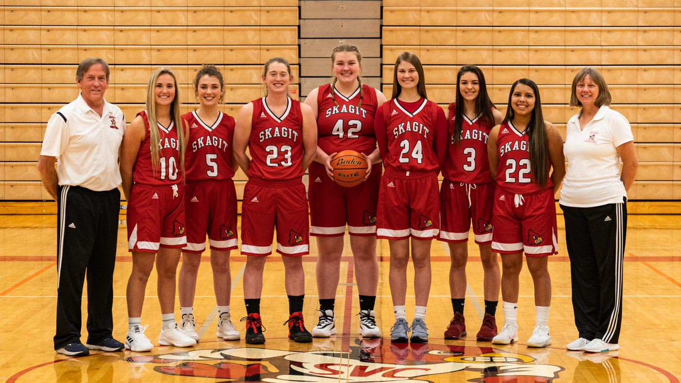 Skagit Valley College's Women's basketball team group photo